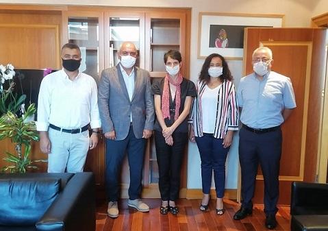 Şube Yönetim Kurulumuz Anadolu Üniversitesi Rektör Yardımcısı Prof.Dr. Betül Demirci'yi Ziyaret Etti...