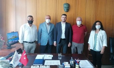 Şube Yönetim Kurulumuz Anadolu Üniversitesi Sağlık-Kültür ve Spor Dairesi Başkanı Galip Özsarı'yı Ziyaret Etti...