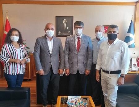 Şube Yönetim Kurulumuz Anadolu Üniversitesi Rektör Yardımcısı Prof.Dr. Süleyman Sözen'i Ziyaret Etti...